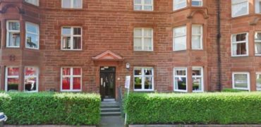 2 Bedroom flat to rent in Shawlands