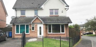 5 Bedroom detached house to rent in Hamilton